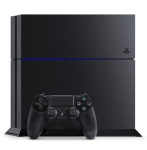 003PlayStation 4.jpg